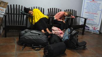 Miért olyan nehéz ülve aludni?