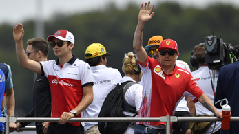 Leclerc-Räikkönen-csere: a balhés tesó elszólta magát?