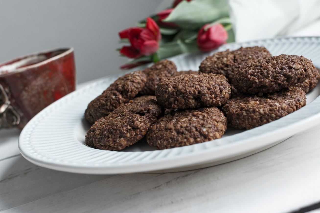 Gluténmentes, csokis zabkeksz: ellenállhatatlan süti az uzsonnadobozba
