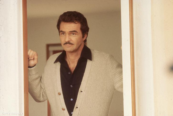 Burt Reynolds 1974-ben.