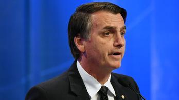 Megkéselték a brazil elnökjelöltet, Jair Bolsonarot