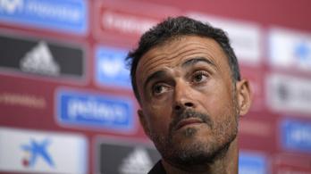 Luis Enrique tiltja a kártyázást a spanyol válogatottnál