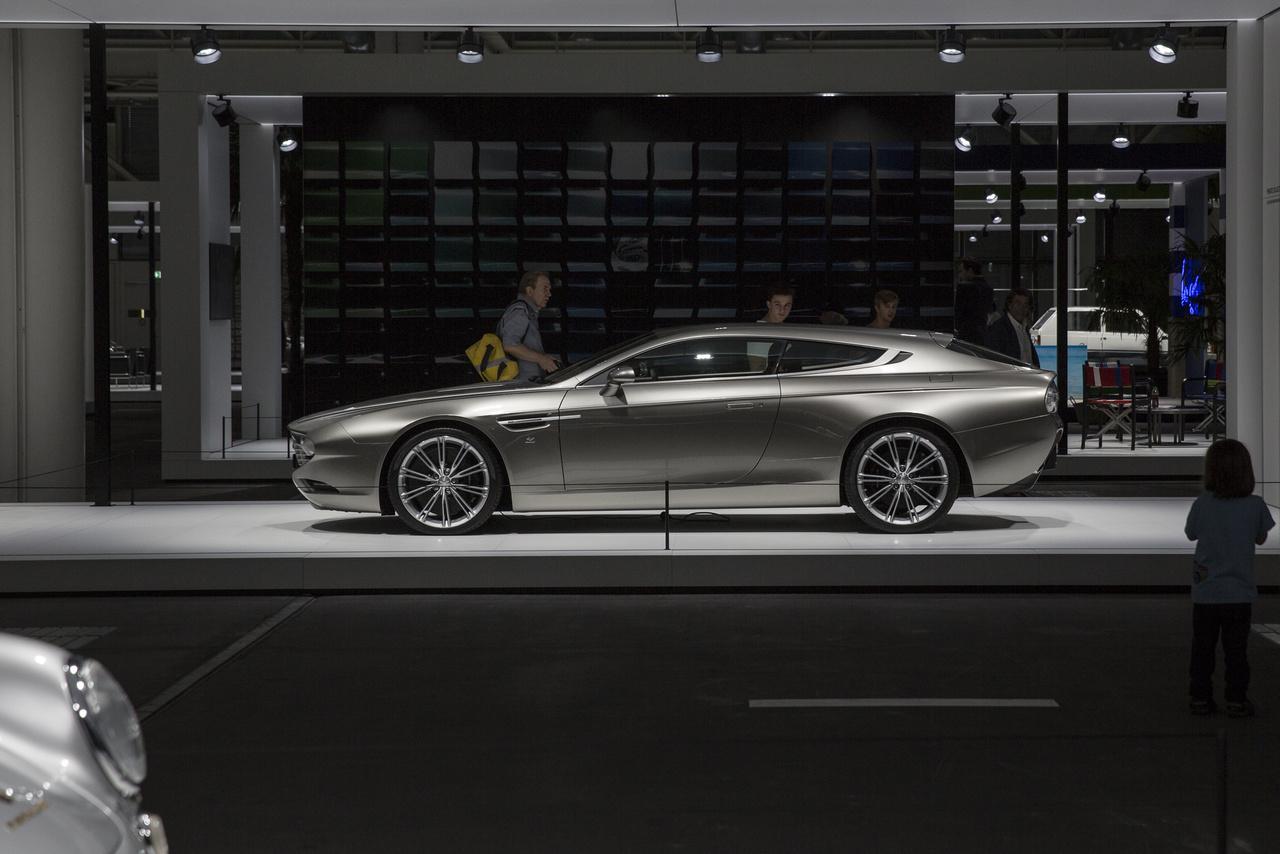 Az olasz Zagato tervezőiroda 2011-es alkotása, az Aston Martin Virage az egyik legmegkapóbb a 21. századi koncepcióautók között. Csak néhány darab épült belőle.