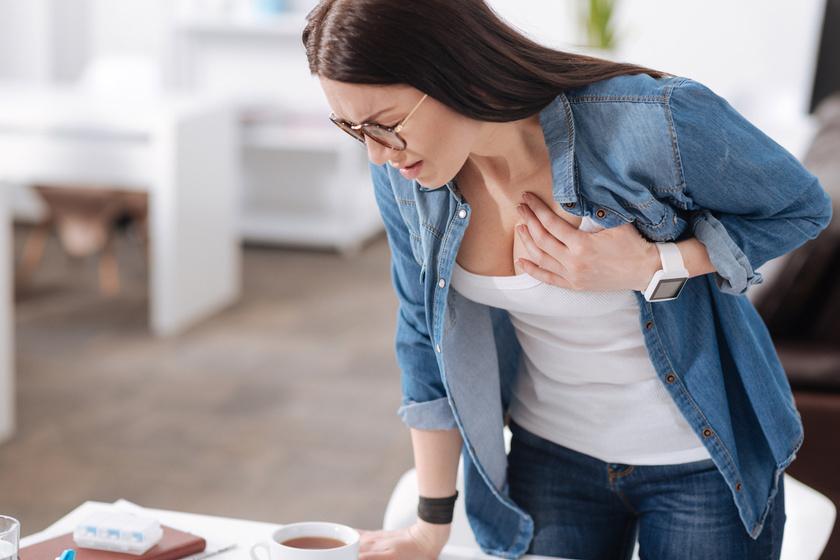 Az erős szívdobogás 11 lehetséges oka: nem szabad félvállról venni a tünetet