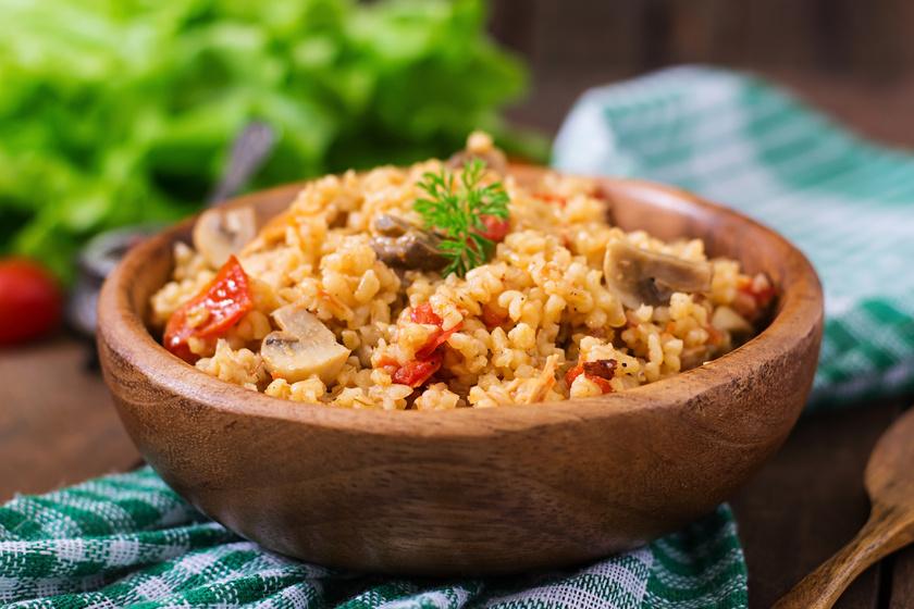 Szaftos, csirkés, zöldséges bulgur: fenséges egytálétel