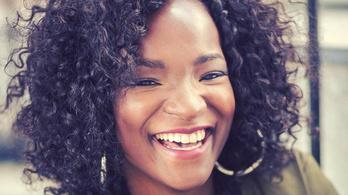 A rasszista nézők hazaküldenék a belga időjóst