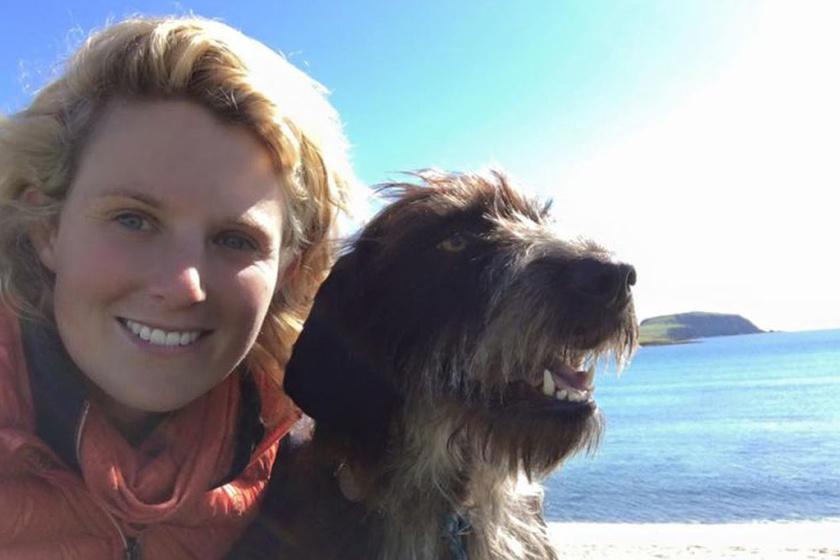 Emma Massingale imádja az állatokat, ezért nem kérdés, hogy befogadja azokat az árva négylábúakat, akiknek szüksége van a segítségére.