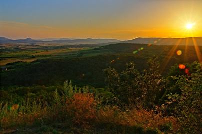 hegyestu-naplemente