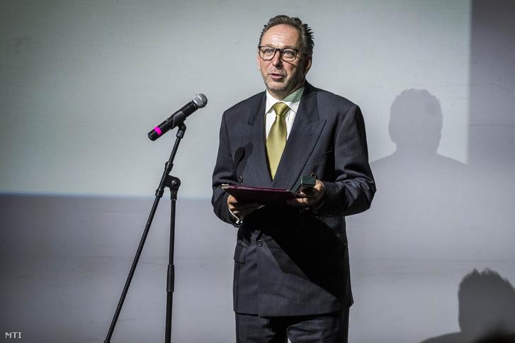 Fekete Péter, az Emberi Erőforrások Minisztériumának kultúráért felelős államtitkára az országos színházi évadnyitó gálán