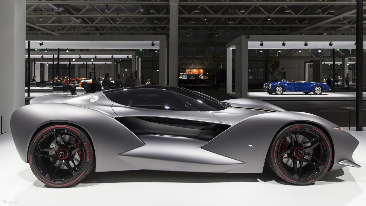 """IsoRivolta Vision Gran Turismo, 2017. Elképesztően aerodinamikus és brutálisan gyors – röviden így lehetne jellemezni az IsoRivolta Vision Gran Turismo-t, ami nem más, mint egy megelevenedett játékautó. A Sony több tervezőirodát is felkért annó, hogy alkossanak PlayStation-re, azaz a Gran Turismo videójátékhoz autókat. Az IsoRivolta Vision GT is eredetileg ilyen, bónuszként megszerezhető autó volt a játékban, aztán a cég főnöke, Andrea Zagato feltette a kérdést, hogy """"mi lenne ha"""" – az eredmény pedig ez az elképesztő koncepcióautó. A szénszálas karosszéria ezer lóerős, tízsebességes, ikerturbós V8 Corvette-motort rejt, a csatakos pixelálom 100 km/órára 2,7 másodperc alatt gyorsul, csúcssebessége 350 km/óra."""