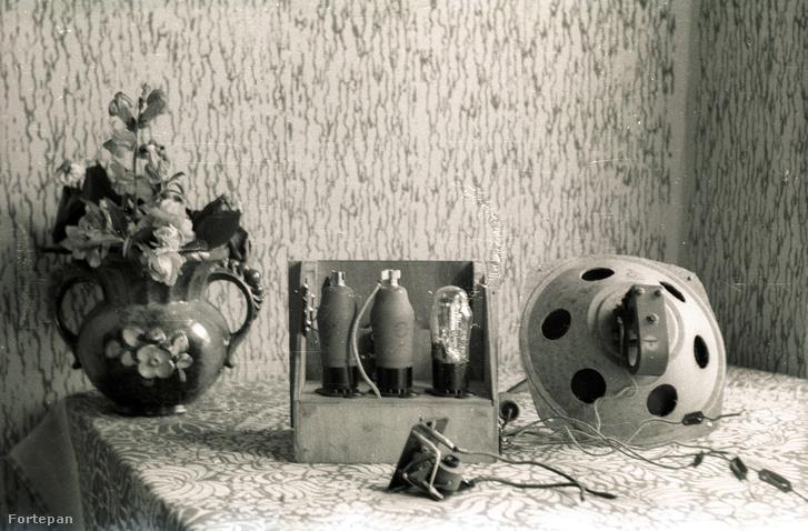 Elektroncsöves hangszóró 1947-ből.