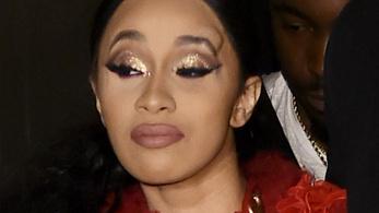 Nicki Minaj és Cardi B úgy összebalhéztak, hogy az utóbbinak púp nőtt a fején