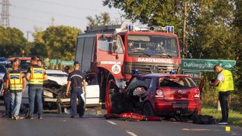 Négyen meghaltak egy Bács-Kiskun megyei autóbalesetben
