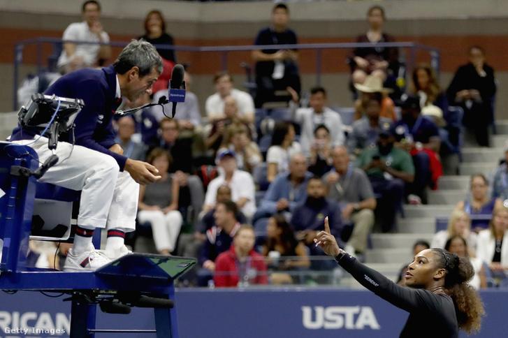 Serena Williams reagál Carlos Ramos bíró döntésére a US open döntőjében 2018.09.08.-án