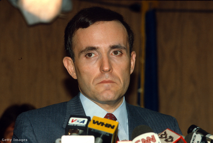 Rudolph Giuliani, New York déli kerületének ügyészeként 1985. február 27.-én