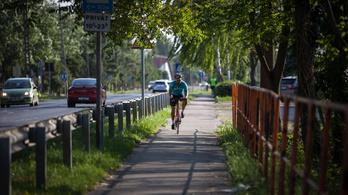 Csúszik a Budapest-Balaton kerékpárút építése