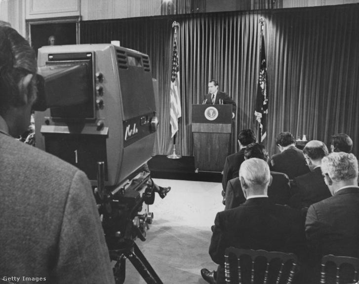 Richard Nixon amerikai elnök tart sajtótájékoztatót a Fehér Házban, Washingtonban 1971 június 1.-én