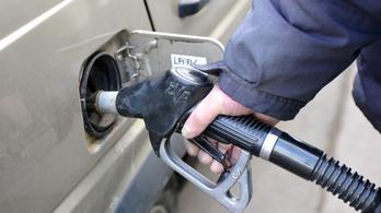 4 forinttal csökken a benzin ára szerdán