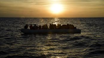 Legalább száz ember fulladt a Földközi-tengerbe