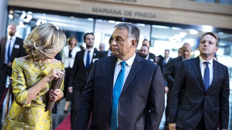 Orbán: Megbélyegzik Magyarországot