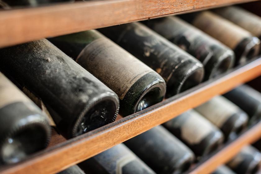 Meglepő, hogy csak meddig lehet tárolni a borokat - Így számold ki borfajtától függően