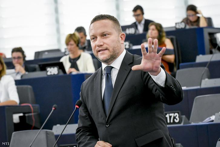 Az Európai Parlament Multimédiás Központja által közreadott képen Ujhelyi István a Magyar Szocialista Párt európai parlamenti képviselője felszólal a Sargentini-jelentés vitáján az Európai Parlament plenáris ülésén Strasbourgban 2018. szeptember 11-én.