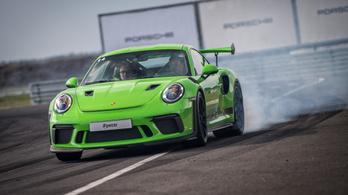 Pályateszt: Porsche 911 GT2 RS a Silesia Ringen 2. rész
