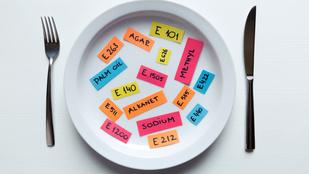 Fogalmunk sincs, mit rejtenek az élelmiszereken a rettegett E-számok