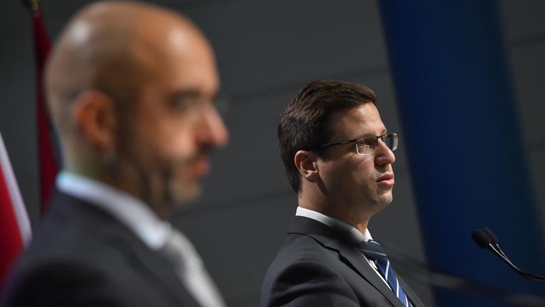 Gulyás: Nem fogadták el a Sargentini-jelentést