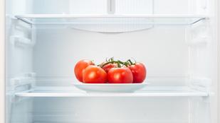 Tényleg elveszíti a paradicsom az ízét a hűtőben?