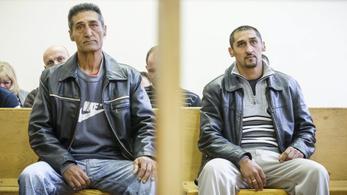 Jogerősen elítélték a korábban 45 milliós kártérítést kapott apát és fiát