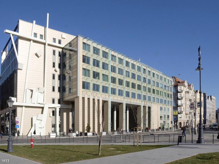 A Corvinus Egyetem Közraktár utcai oktatási épülete