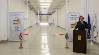 Pintér Sándor rabokkal építtetné az új börtönöket