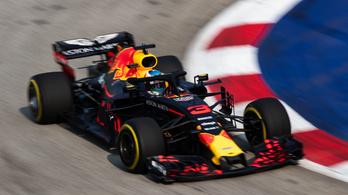 A Red Bulloké az első edzés, hatalmas a Mercedes lemaradása