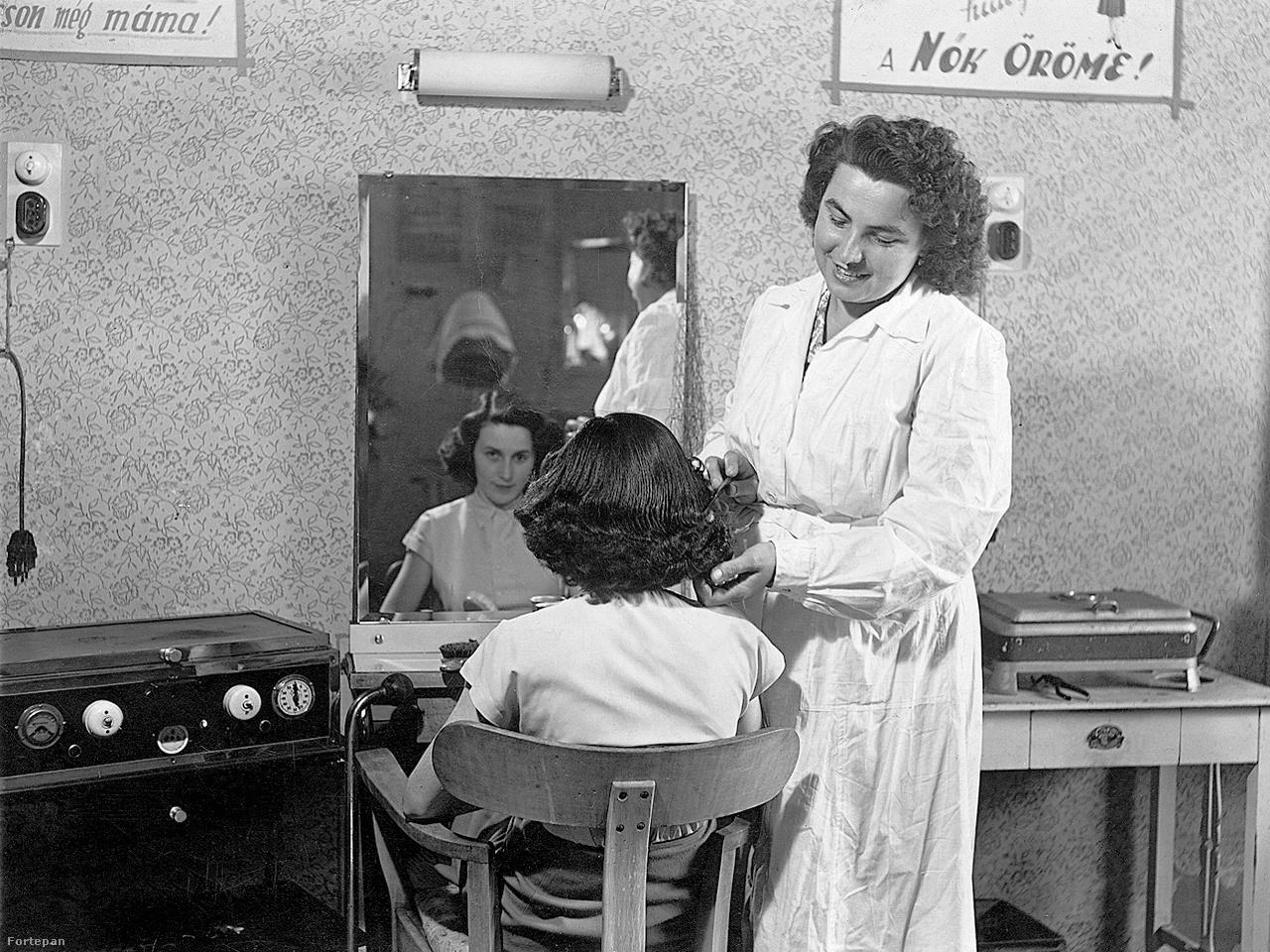 1963-as fodrászat: a nők öröme a jó frizua