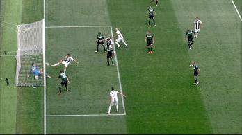 C. Ronaldo csak begyötörte első juvés gólját, majd egyből a másodikat is