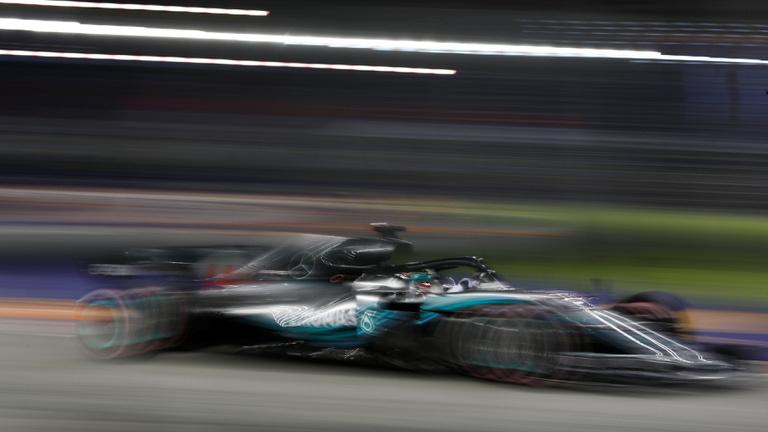 Hamilton újabb csapást mért Vettelre