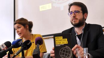 Nem fizeti be a bevándorlási különadót a Helsinki, az Amnesty és a Migration Aid
