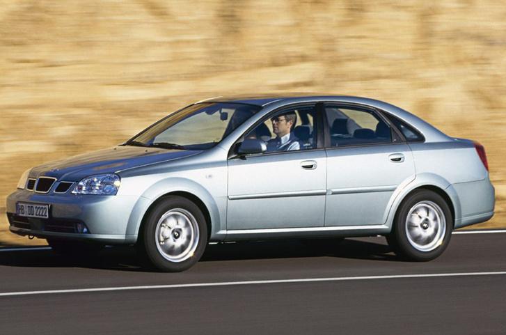 auto/DAEWOO/NUBIRA 2003-/XLARGE/01s