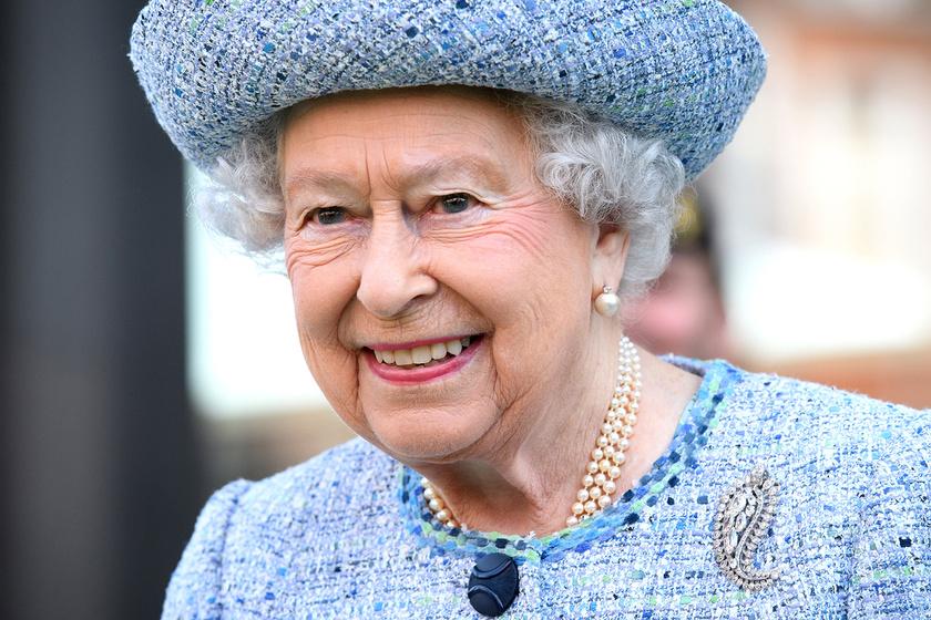 Ezt biztosan nem vetted észre - Erzsébet királynő öltözékeiben van valami meglepő