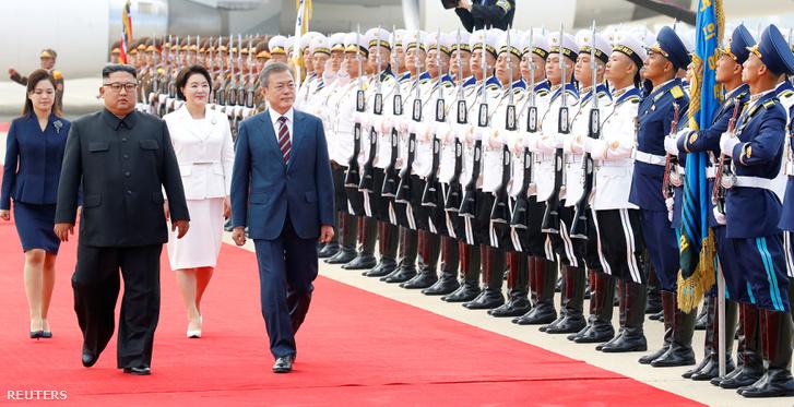 Mun Dzsein és Kim Dzsongun Phenjanban