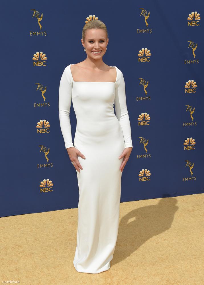 Kristen Bell a The Good Place című vígjátéksorozata miatt öltözött ki ennyire.