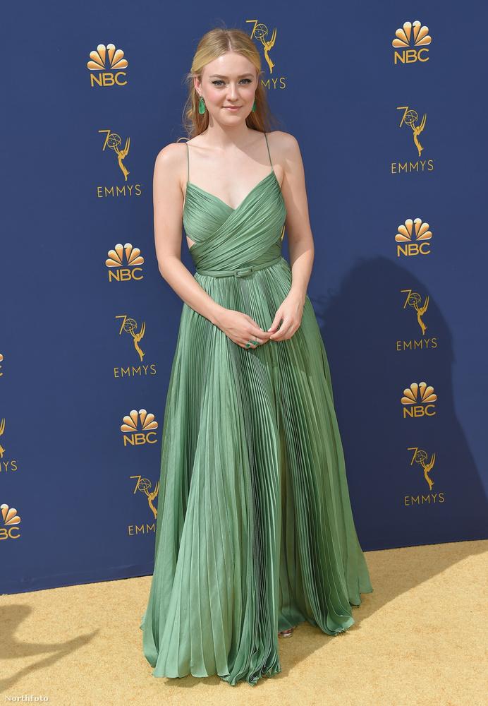 Dakota Fanning a Budapesten forgatott The Alienist című sorozatáért izgulhatott a gálán