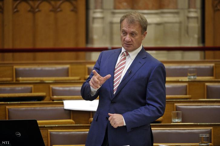 Varju László, a Demokratikus Koalíció képviselője