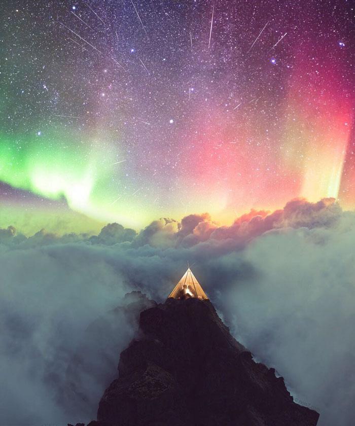 Végtelenül magával ragadó a látvány: bárki szívesen sátrazna egy ilyen égbolt alatt.