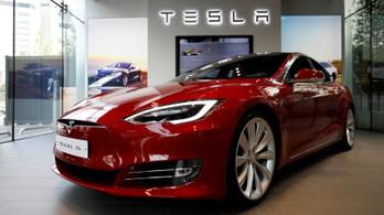 Vizsgálat a Tesla ellen