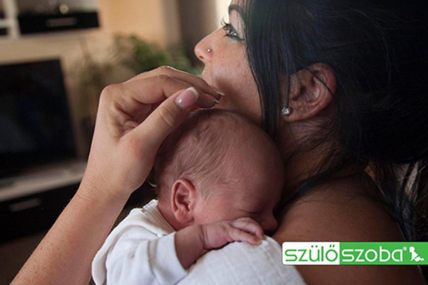 Szoptatás, cumizás 2 hetes ikreknél: Bakkeranyu története folytatódik