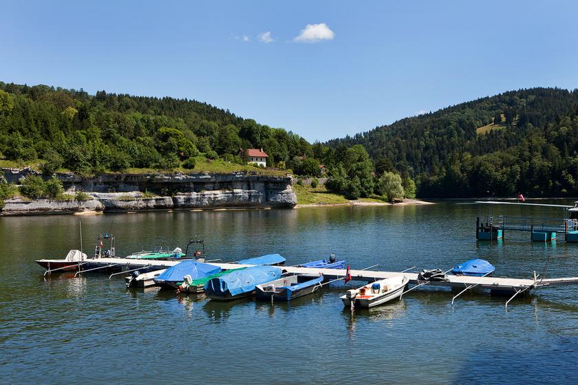 Még hónapokkal ezelőtt is így nézett ki a Brenetsi-tó.