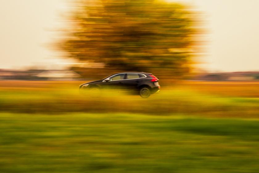 10 hasznos tipp, ami alapjaiban változtatja meg az autózási szokásaidat