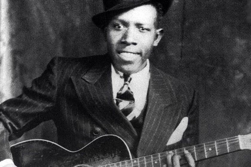 Robert Johnson blues-gitárosról egykor az a hír járta, hogy az ördögtől kapott tehetséget és gitárt, sőt, a túlvilág ura tanította meg játszani is a hangszeren.
